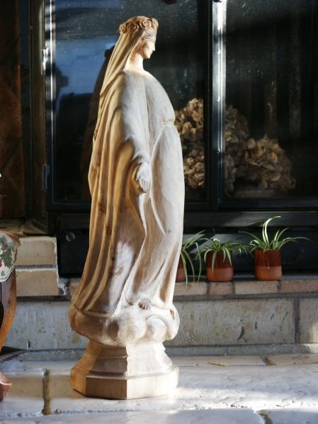 10-sculpture-vierge-en-bois