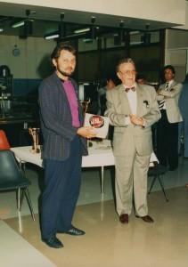 remise du prix à Marseille -Meilleur Portraitiste de Provence 1988